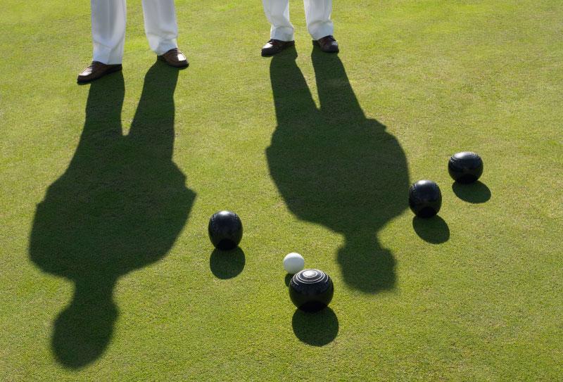 03_lawn_bowling_shadows_medium